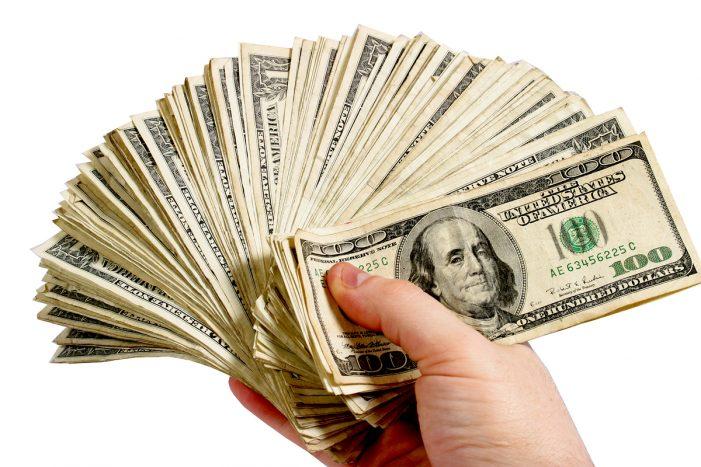 Signatures Pile Up for Minimum Wage Measure