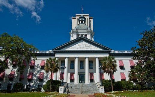Senators Roll Out Hurricane Relief Plan