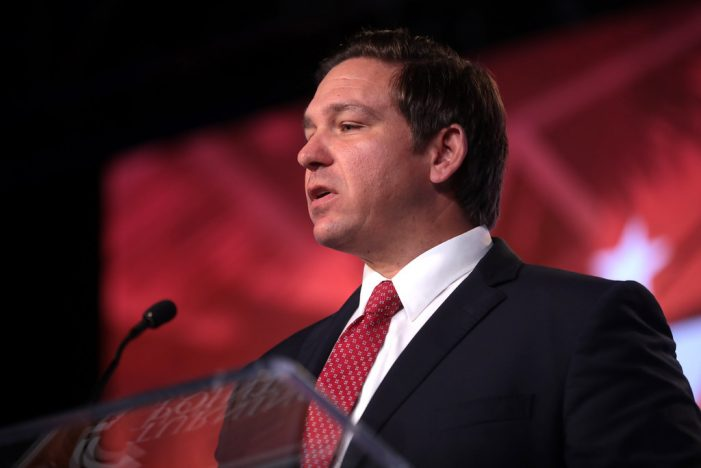 DeSantis Wants to Boost Teacher Minimum Pay